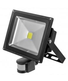 naświetlacz Powe LED moc30W,długość kabla30cm,strumień świetln 1800-2100 lm z c